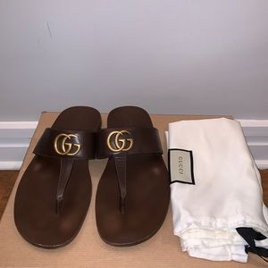 Gucci Men's Leather thong Sandal Brown
